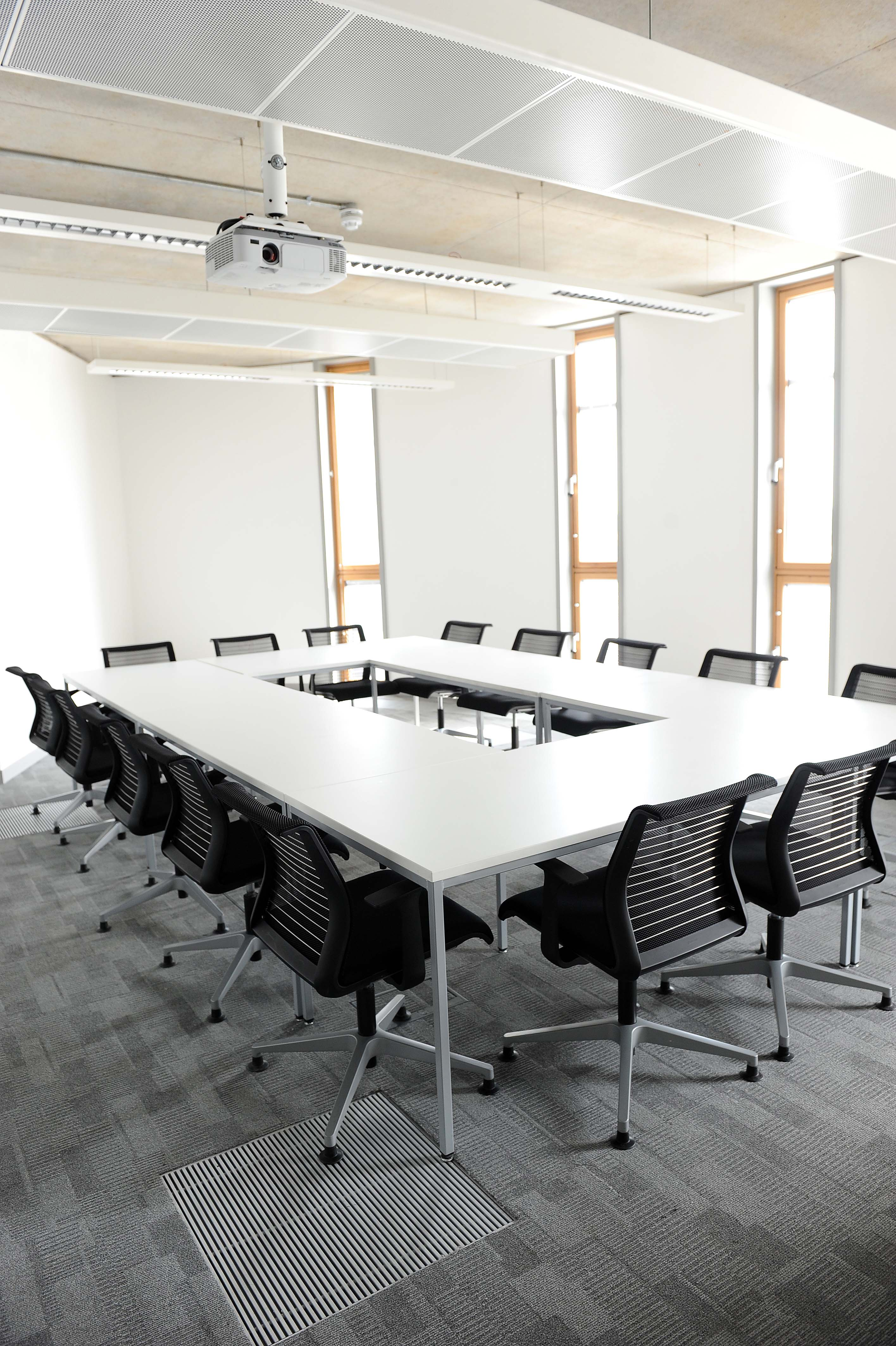 Meeting room for hire (4)