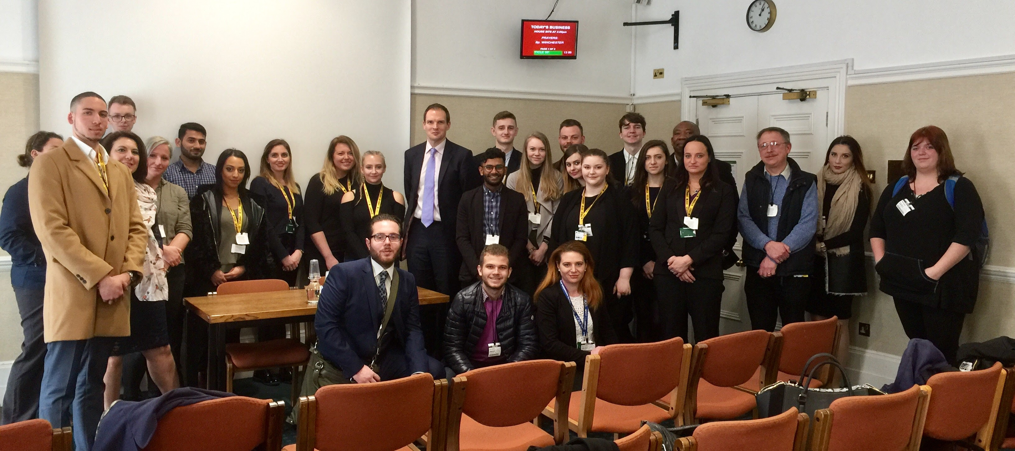 2017-03-29 Dr Dan with Students from University of Suffolk