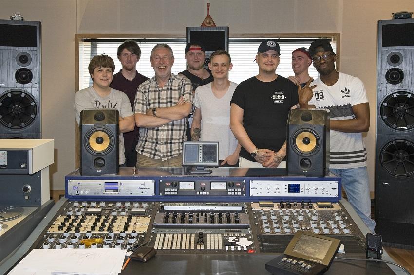 2016 Metropolis Studios Session