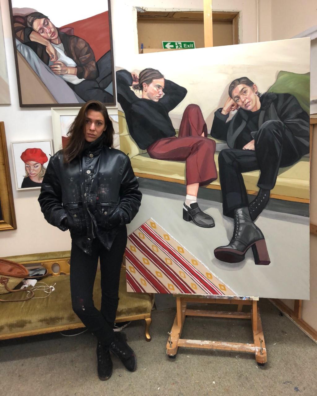 Ania Hobson, Studio shot