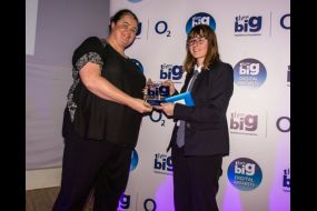 Emily Godden presented award by Tracey Herald head of Community at O2