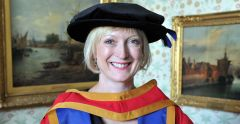 Honorary graduateplays pivotal role in the NHS'sresponse to fightingCovid-19