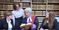 Law students benefit from Judge Shadowing Scheme