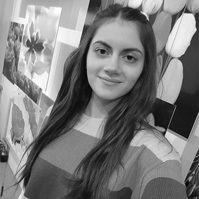 Alexandra b+w