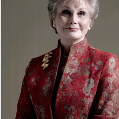 Angela Rippon - picture